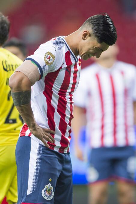 En duelo de golazos, Chivas cae en casa ente Lobos BUAP regreso-alan-pul...