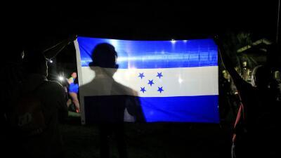 """""""Todos deseamos salir"""": cómo la propaganda del gobierno no pudo detener la última caravana de migrantes centroamericanos"""