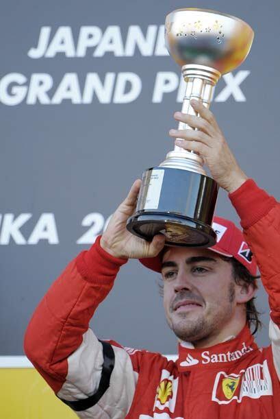 Con el tercer lugar, Alonso se mantiene en la lucha por lograr su tercer...