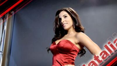 Natalia Saenz una sexy santa