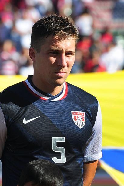 Matt Bessler: El norteamericano haría pareja con Omar González en Brasil...