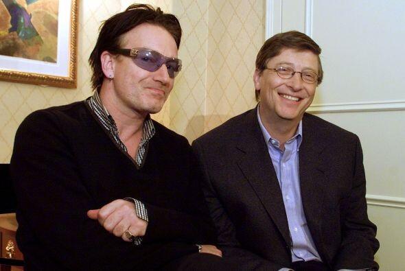4. DA POSADA A LAS CELEBRIDADES- El grupo irlandés U2 disfrutó de lo que...