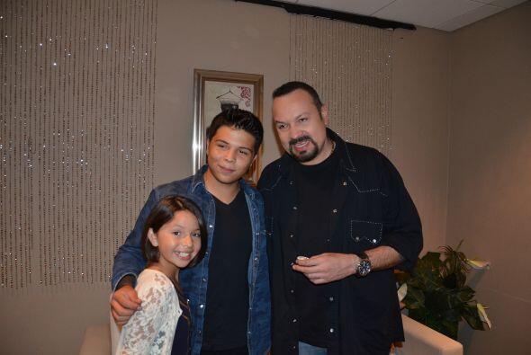 Entre las visitas especiales estuvo Pepe Aguilar, acompañado por su fami...