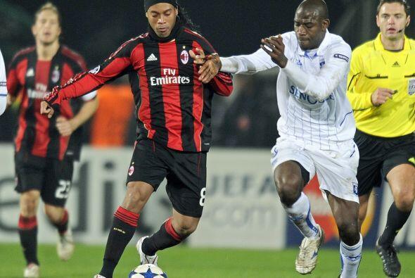 El Milan visitó el campo del Auxerre.