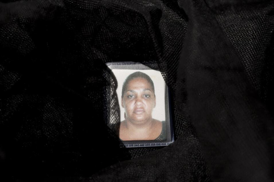 Los cubanos que fueron deportados el año pasado de Ecuador estaban acamp...
