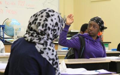 Los estudiantes merecen una clase dedicada a los estudios étnicos...