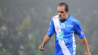 El delantero quiere seguir activo con el Puebla por un torneo más.