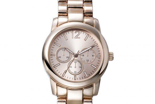 Un buen reloj es un básico, así que no dudes en llevarle u...