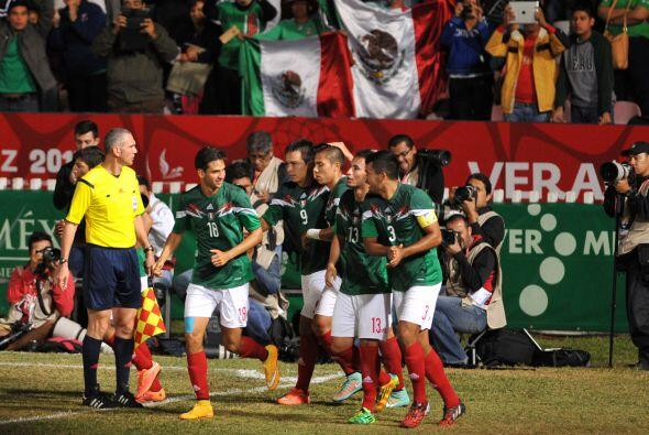 En el futbol, México tuvo su primer compromiso ante Honduras.