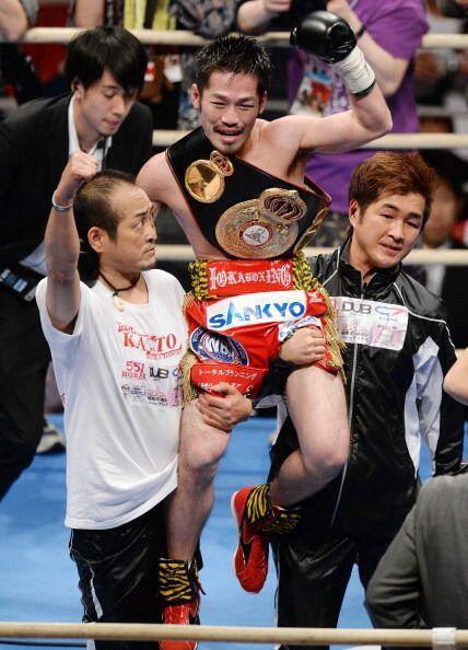 El japonés suma con ésta 19 victorias, 11 de ellas por nocáut, además de...