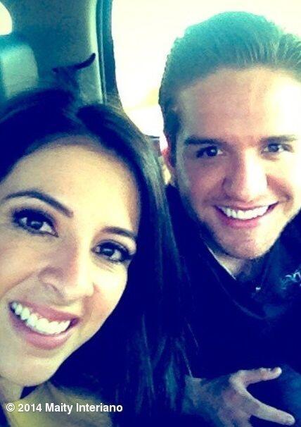 """""""Llegamos a #Arizona! Listos para bailar con @eldasa #selfie #Maityonthe..."""