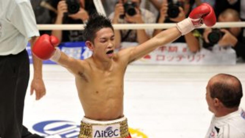 Ioka, campeón mundial de peso mínimo.