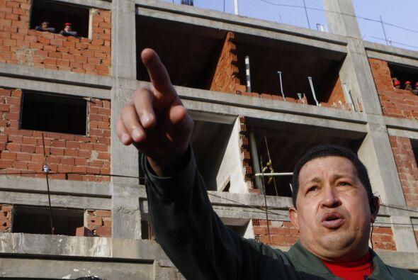 Debido a esta situación, en Venezuela se agravado la escasez de vivienda...