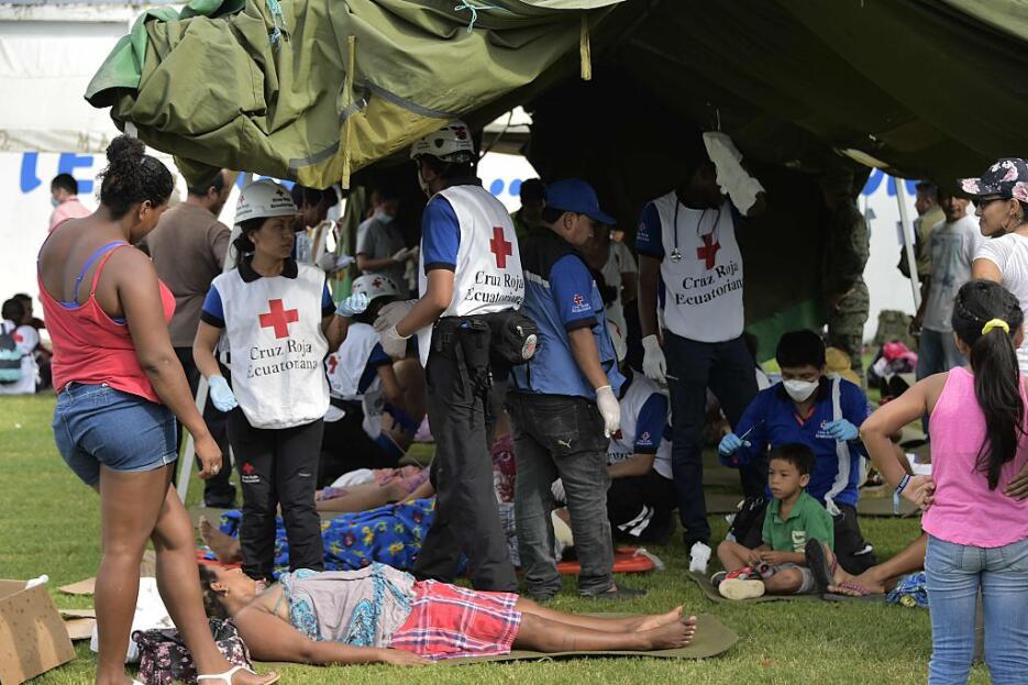 Las imágenes que nos deja el potente terremoto en Ecuador  ecuador9.jpg
