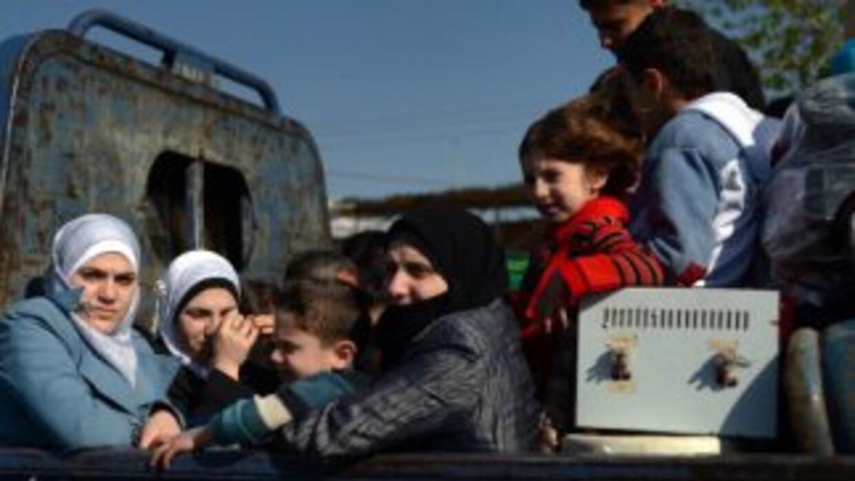 Siria vive desde hace más de dos años una situación de guerra civil que...