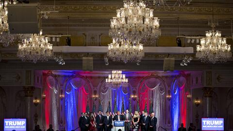 Donald Trump da una rueda de prensa en su club privado de Mar-a- Lago en...
