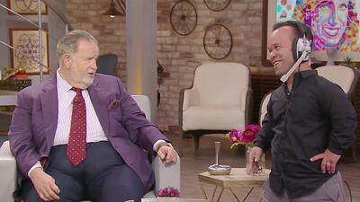 Carlitos 'El Productor' le llevó a Raúl de Molina una de las conejitas de Playboy