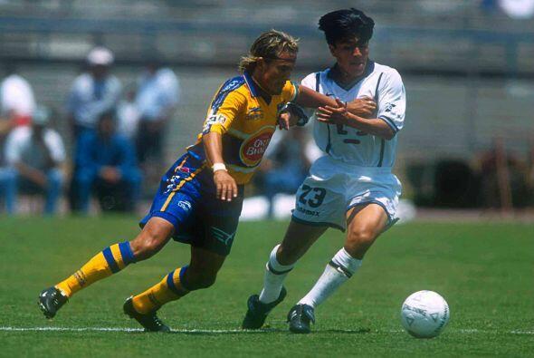 """En el 2000 el """"Tuca"""" se llevaría otra derrota con los Tigres, el conjunt..."""