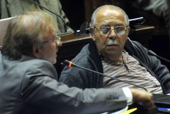 Semproni dijo: 'con dolor, no vamos a votar porque esto es un tema de co...