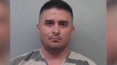 Agente fronterizo acusado de asesinar cuatro mujeres habría usado su arma de servicio para cometer los crímenes