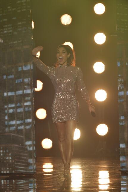Alejandra Espinoza cuarto show La Banda