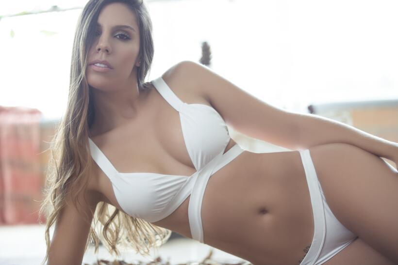 Daniela Arango, una sensual rebelde que es amante de la bicicleta c0a569...