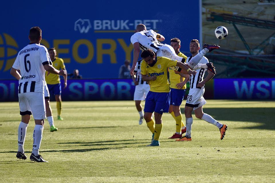 Enrique Esqueda: el ex Chiapas marcó su segundo gol en Polonia con el Ar...