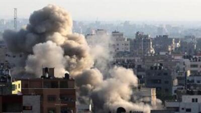 El ejército israelí anunció que cesará los bombardeos sobre la Franja de...