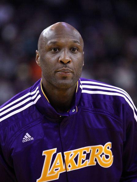 El jugador de los Lakers es esposo de la guapa Khloe Kardashian. Además,...