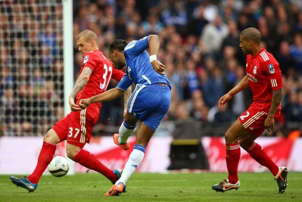 En la segunda mitad, Chelsea volvió a aprovechar con un buen remate de D...
