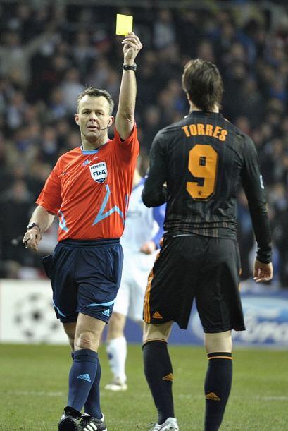 Torres seguía en mal momento, incluso fue amonestado.