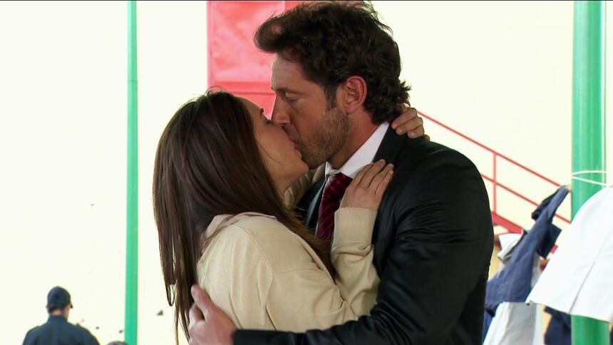 Adriana Louvier tuvo mucho amor en Yo No Creo En Los Hombres  85D43409A0...