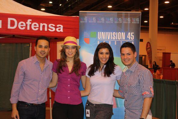 Además, parte de su equipo de Univision y Telefutura también asistió al...