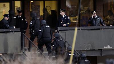 Detrás de la Noticia: tiroteos en escuelas y cambios a NSA
