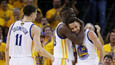 Los Warriors tienen una ventaja de 3-2 en la serie y se coronarán por pr...