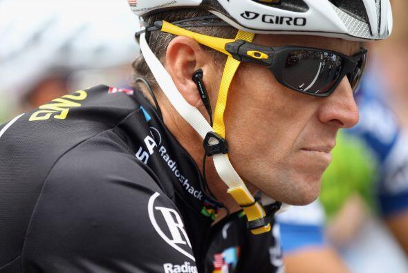 La última etapa del Tour de Francia comenzó con 18 minutos de retraso, y...