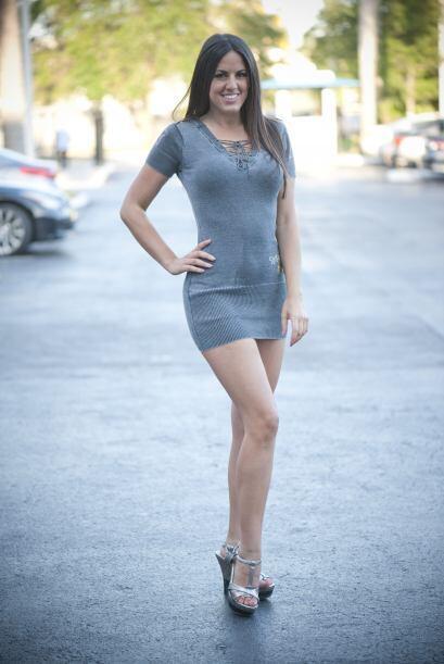 Claudia Romani es la chica del calendario 7