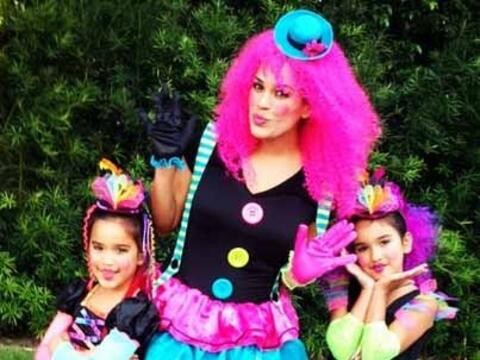 """""""Happy Halloween! De parte de tres traviesas muñequitas! #mi..."""
