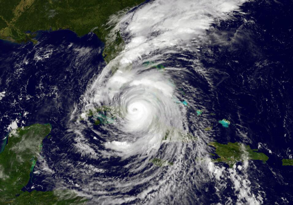 Resultado de imagen para Huracán Irma se aleja de costa de cuba en direccion a la florida