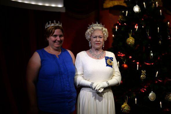 A quién no le gustaría tomarse la foto navideña con la reina, sobre todo...
