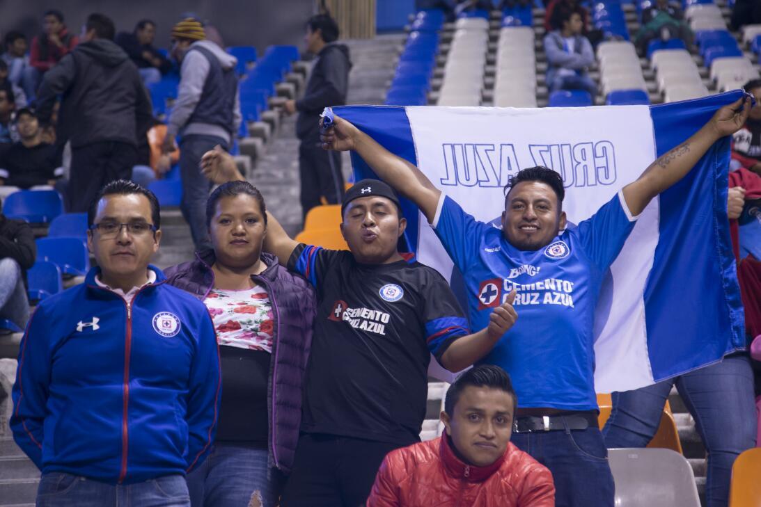 Porristas y fanáticos de Cruz Azul y Atlas en Copa MX 20180207-2291.jpg
