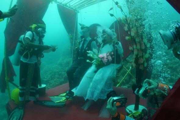 Por suerte para el novio, su prometida se presentó a su boda.