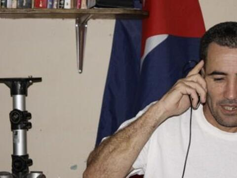 El periodista independiente Calixto Ramón Martínez estuvo...