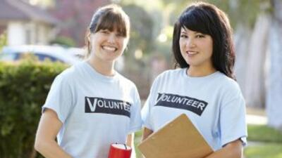 El voluntariado te ayuda a escapar al desempleo, según experto.