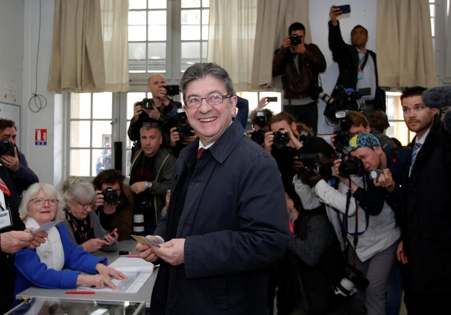 Fotos: Así se vivió la jornada en la primera vuelta de la elección presi...