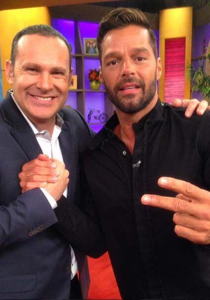 """""""Con mi brother Ricky Martin hoy en Despierta América"""", compartió Alan...."""