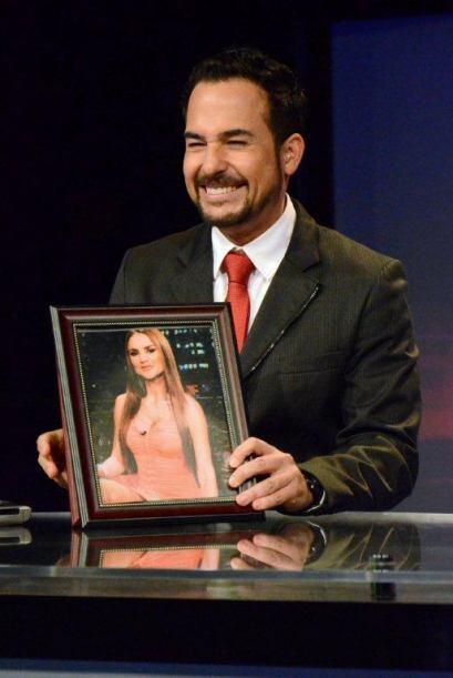 Ximena le ha robado el corazón al conductor del show y carga con su foto...
