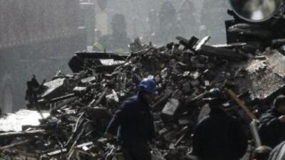 Las labores de rescate continúan en Nueva York.