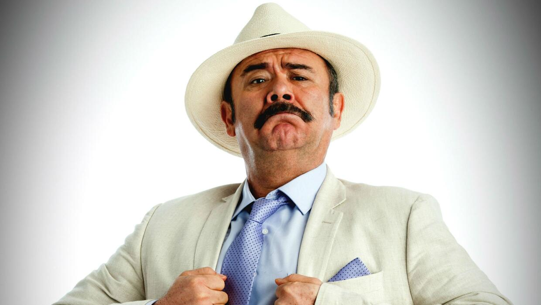 Jesús Ochoa es Odorico Cienfuegos