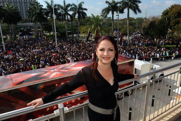 33. Gloria Estefan arrancó la promoción de su nuevo CD, Miss Little Haba...